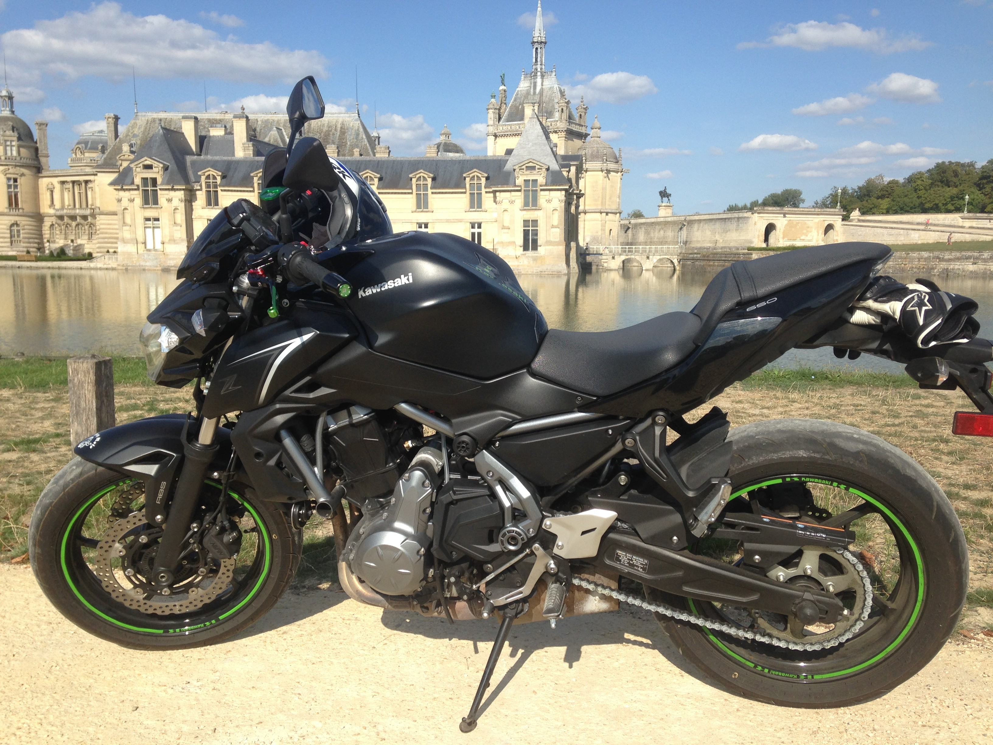 Z650 location chantilly oise